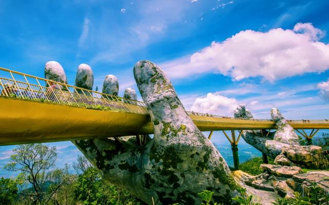 Tự hào cây cầu vàng Đà Nẵng : Cầu Vàng (Golden Bridge) là một trong những từ khóa